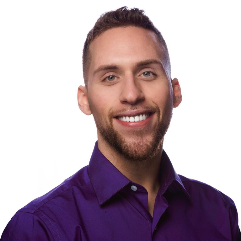 Dominic Rinaldi is a senior admissions counselor.